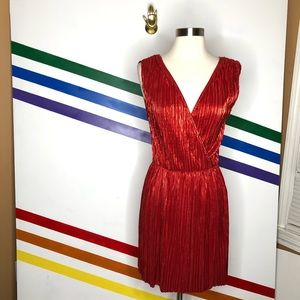 NEW Oh my Love metallic pleated dress